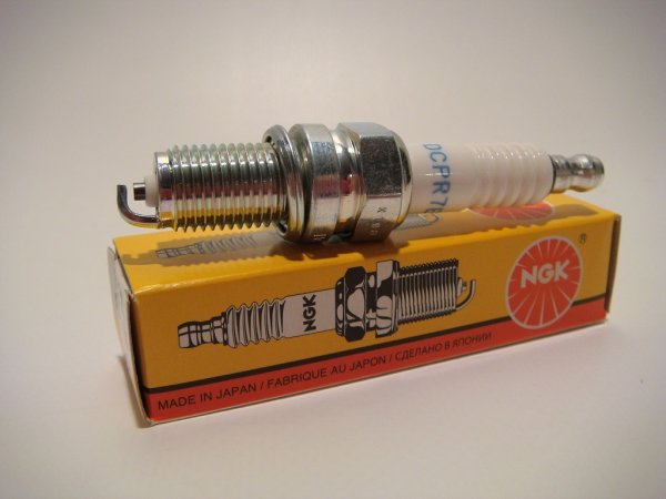 NGK-Zündkerze 3932 für alle Rohrrahmen-Modelle