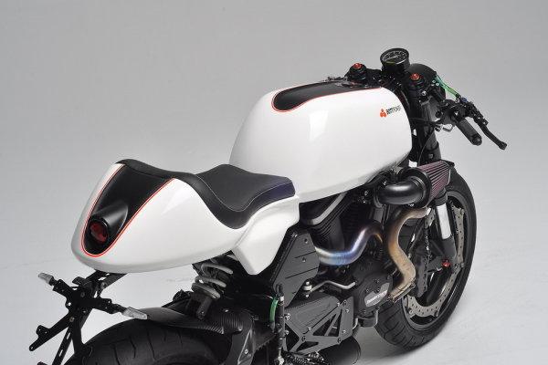 XC1 Carbon fiber cafe racer seat