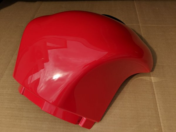 Airboxcover racing red, mit Gitter